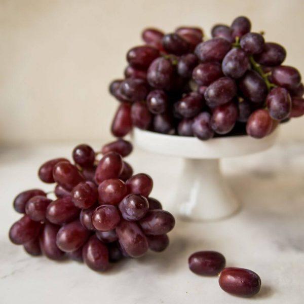 Виноград Crimson, бесплатная доставка по Минску