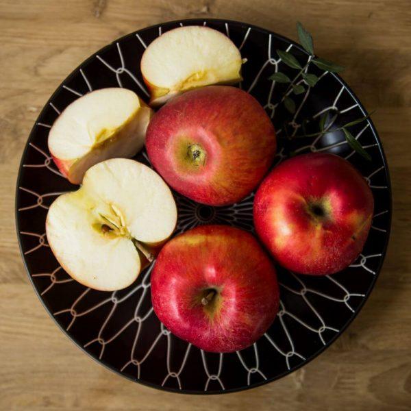 Яблоко Red Prince, сочное и спелое!