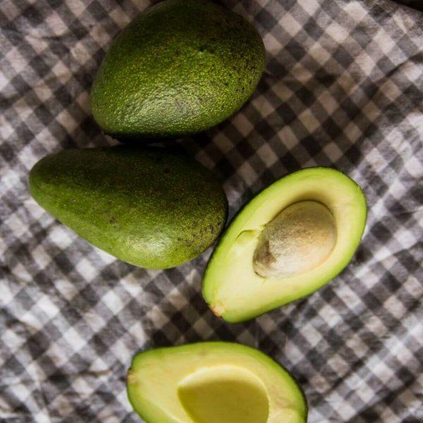 Авокадо - вкусный и полезный фрукт для вашего стола!