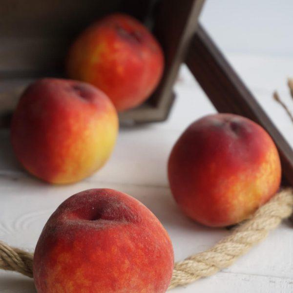 Персик - море витаминов и вкус лета!